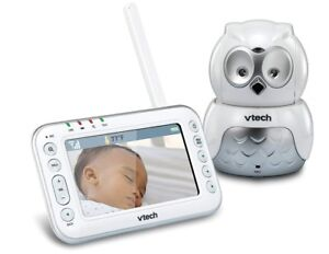 VTech Safe and Sound Audio/Video Baby Monitor with Owl Camera,