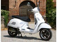 300 GTS VESPA White and chrome 2010