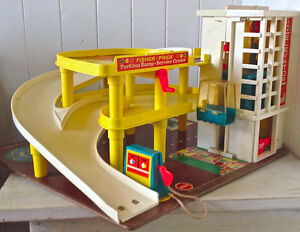 Vintage 1970 Collection FISHER PRICE Parking Service Center