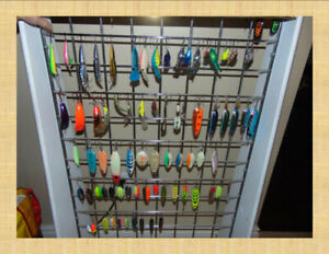 Selling 76 Steelhead /Salmon lures  and 12 floats