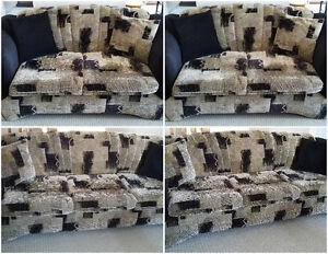 SOFA,LOVE SEAT & 4 ACCENT PILLOWS-MADE IN CANADA (REDUCED PRICE) London Ontario image 6