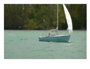 Sailboat 22 foot, with Trailer & Motor