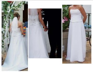 2-PIECE MORILEE SIZE 12 WHITE WEDDING GOWN & MATCHING LACE VEIL