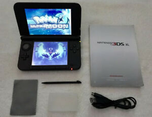 Blue 3DS_XL - With_Pokemon Ultra MOON / SUN & More...