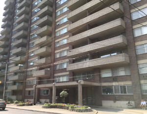 5350 Macdonald ~Luxurious 1, 2, 3, 4, 6 1/2 APTS.( $775.~ $4500)