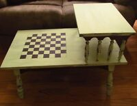 VINTAGE TABLE / CHECKER GAME