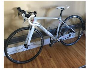 Vélo Louis Garneau Genix E1 (en carbone)