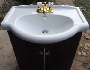 Powder Room Sink incl. cabinet & faucet fixtures