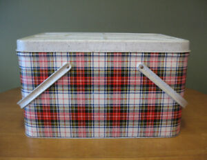 Vintage Mid Century Large GSW Metal Picnic Basket in Plaid