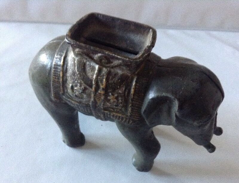 Antique Cast Iron Elephant Bank -  no trunk - Heavy