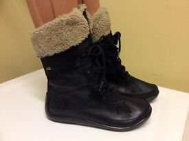 CLARKS Active Air GORE-TEX Boots.