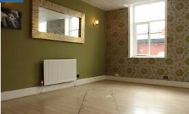 beauty salon to rent, 3 rooms, tanning room and reception area.