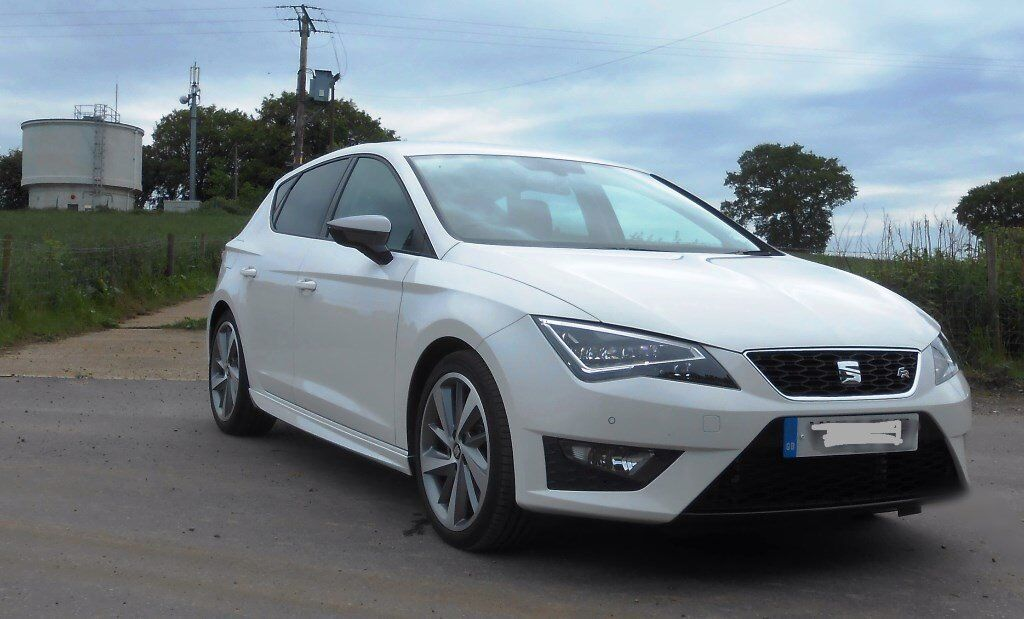 seat leon fr 184 white tech titanium pack and sports kit. Black Bedroom Furniture Sets. Home Design Ideas
