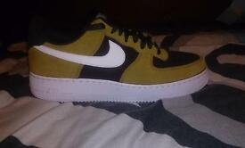 Nike Air force 1 trainers golden tan