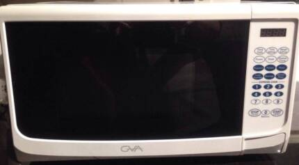 GVA 800w MICROWAVE AS NEW