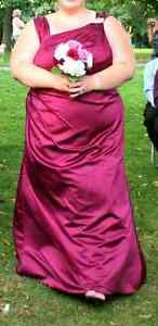 Plus size bridesmaid gown