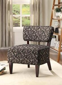 Dark oversized Accent chair w Cappuccino finished legs