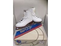 Size 37 ladies girls white figure skates boxed, worn just a few times
