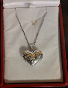 10K White Gold Chain with Heart Pendant
