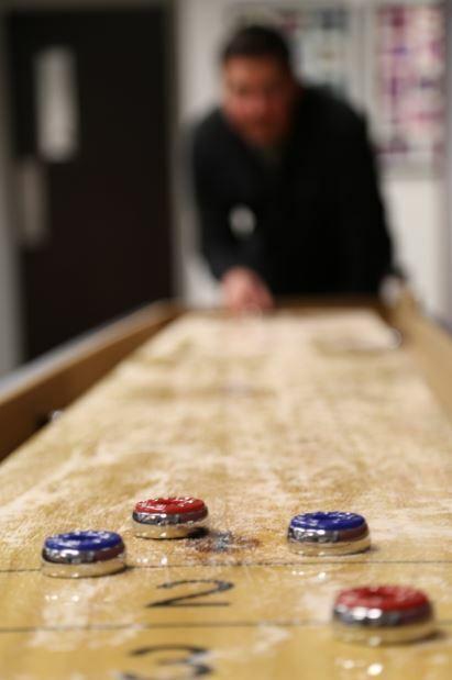 Shuffleboard Table Arcade Game Butcher Block Wood Retro Vint