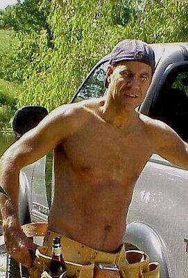 Shirtless Male Older Hunk Carpenter Working Man Sweaty Dude PHOTO 4X6 D629