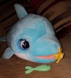 Blu blu baby dolphin