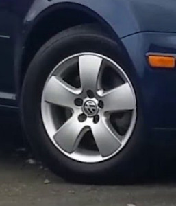 "MKIV Jetta/Golf 15"" alloy rims with 195/65/15 tires"
