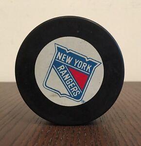 New York Rangers Puck