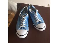 Converse ladies/girls dainty shoes