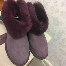 EMU Purple/Aubergine Sheepskin Ankle Boots