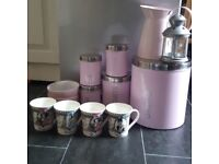 Pink kitchen items