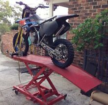 Motorcycle hydraulic jack Granville Parramatta Area Preview