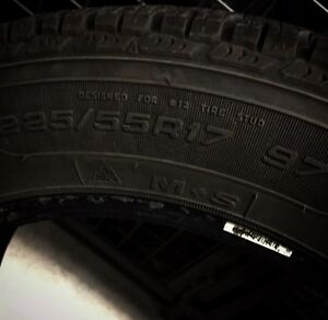 4 Winter Tires GoodYear UltraGrip 225/55R17 97 Used 1 Winter West Island Greater Montréal image 2