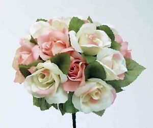 Rose bouquets and glass vases, great for centre pieces!