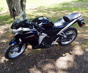 Honda CBR 250r 2012 for sale