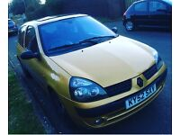 Clio 11month 12month tax lady owner Good Runner full service history