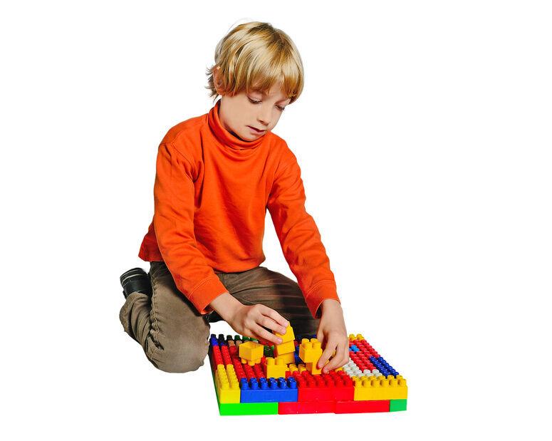 Ab welchem alter eignen sich lego figuren als spielzeug