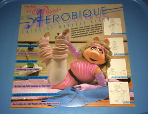 Miss Piggy's Aerobique Exercise Workout Album LP Vintage Muppets