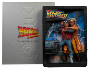 Back-to-the-Future-Diorama-Sculpted-Movie-Poster-amp-Ultimate-Visual-History-Colle