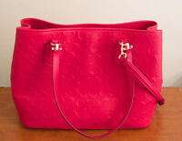 Beautiful COACH Leather All-Carry Purse in Vibrant Colour