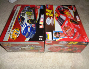 Amt Dupont Pepsi  Lowes 7 Time Champ Monte Carlo Model Kit's