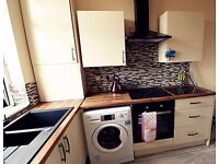 **ATTENTION MATURE STUDENTS & PROFESSIONSALS* DOUBLE ROOM FOR RENT NEAR TOWN - GREAT VALUE FOR MONEY