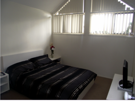 Fully furnished room in a clean, safe, spacious house
