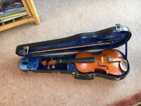 Stentor beginners violin (with case)