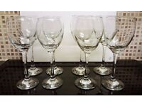 Job Lot Glassware - 4 x Small + 4 x Large Wine Glasses - Very Good/ Excellent Condition