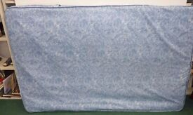 Used Blue 4FT SMALL DOUBLE Mattress (Local delivery £5-£10)