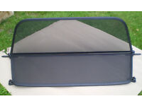 BMW 1 Series E88 Wind Deflector - Black 2008-2014