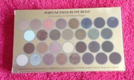 Fortune Favours the Brave Eyeshadow Palette