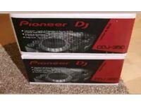 2 X PIONEER CDJ 350 boxed Great condition