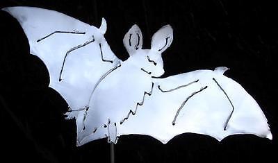 BAT Halloween Metal Garden Art Stake Vampire Dracula Lawn Yard Ornament Spike - Halloween Garden Stakes